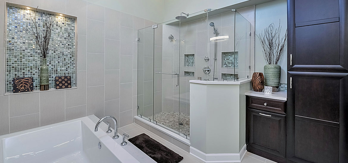 Frameless-Shower-Doors-00_Sebring-Services